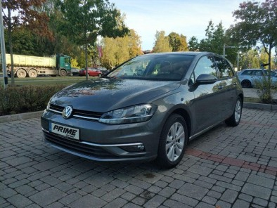 Car rental in Riga - VW Golf M/T